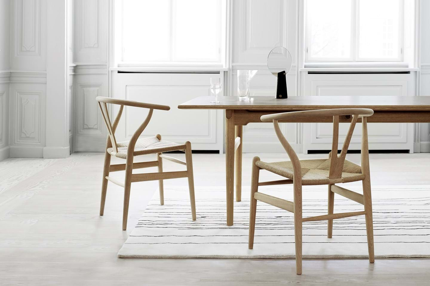Behind An Icon Ch24 Story Carl, Black Wishbone Chairs Dining Room Set